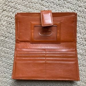 HOBO Women's leather wallet